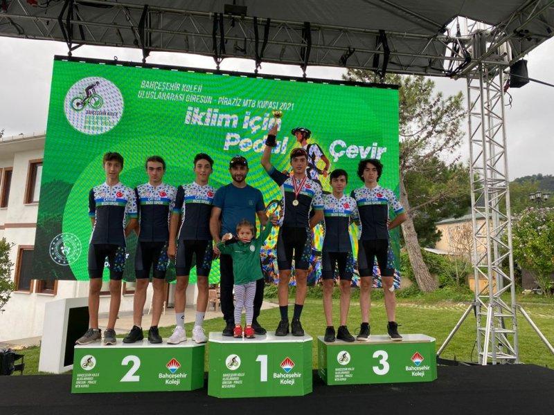 Dağ bisikleti kupasında Ayberk Güngör 1. oldu