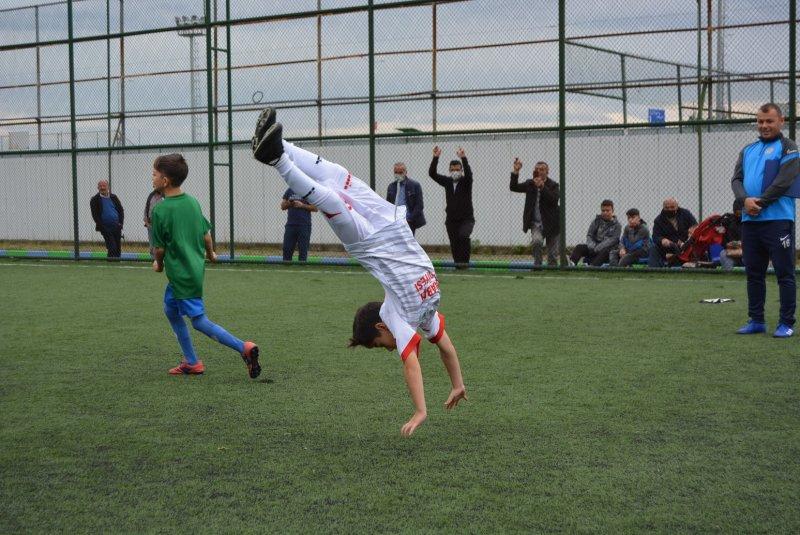 Rizespor Akademi'de Karadeniz Futbol ve Horon Şenliği