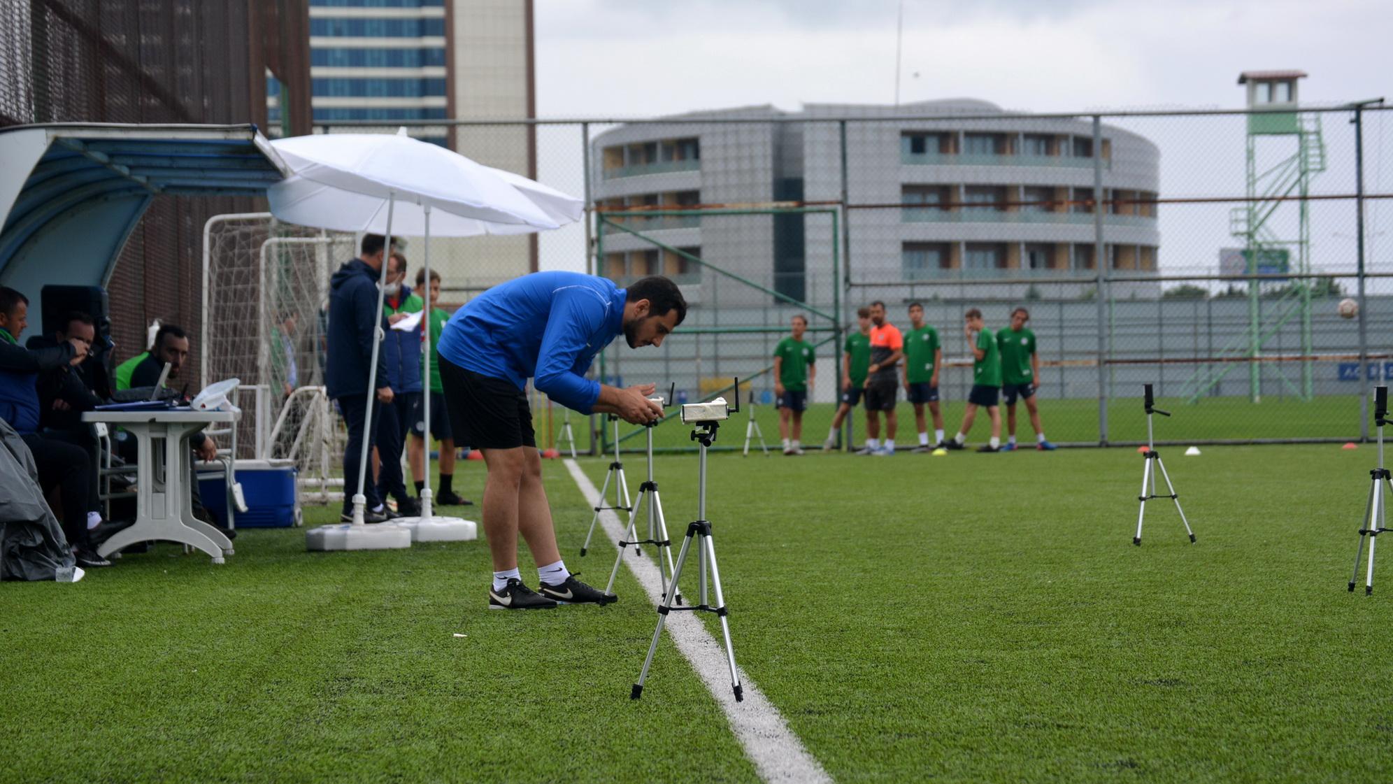Rizespor Akdemi'de sezon öncesi performans testlerinin ilk bölümü başladı.