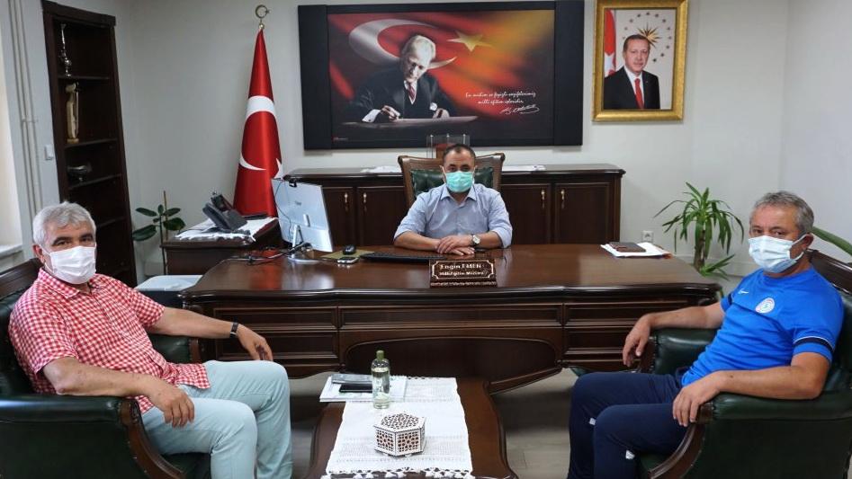 Akdemi Direktörümüz Fedayi AKSOY Milli Eğitim Müdürü Engin EMEN'i ziyaret etti.